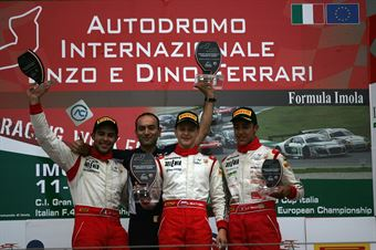 Podio gara 2, Ivan Matveev (SMP Racing by Euronova,Tatuus F.4 T014 Abarth #2), Andrea Fontana (Euronova Racing by Fortec It Motorsport, Tatuus F.4 T014 Abarth #3), Lucas Mauron (Jenzer Motorsport,Tatuus F.4 T014 Abarth #8) , ITALIAN F.4 CHAMPIONSHIP POWERED BY ABARTH