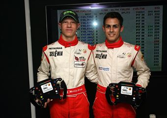 Mattia Drudi (Adria Raceway by Cram,Tatuus F.4 T014 Abarth #21), Andrea Russo (Diegi Motorsport Srl,Tatuus F.4 T014 Abarth #12), ITALIAN F.4 CHAMPIONSHIP POWERED BY ABARTH
