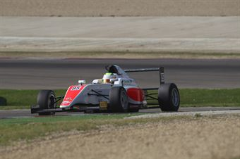 Sennan Fielding (Euronova Racing by Fortec Italia Motorsport, Tatuus F.4 T014 Abarth #85), ITALIAN F.4 CHAMPIONSHIP POWERED BY ABARTH