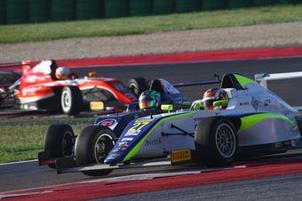 Diego Bertonelli (RB Racing,Tatuus F.4 T014 Abarth #21),Alex Peroni (Torino Squadra Corse,Tatuus F.4 T014 Abarth #27), ITALIAN F.4 CHAMPIONSHIP POWERED BY ABARTH