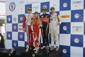 Podio Rookie gara 2, Sebastian Wahbeh Fernandez (Kfzteile24 Mucke Motorsport,Tatuus F.4 T014 Abarth #7), Juri Vips (Prema Power Team,Tatuus F.4 T014 Abarth #44), Ian Rodriguez Wright (DRZ Benelli,Tatuus F.4 T014 Abarth #45)        , ITALIAN F.4 CHAMPIONSHIP POWERED BY ABARTH