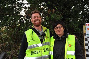 Claudio Collaioli e Mariangela Pasquinazzi, ufficiali di gara partenza, CAMPIONATO ITALIANO VEL. SALITA AUTO STORICHE