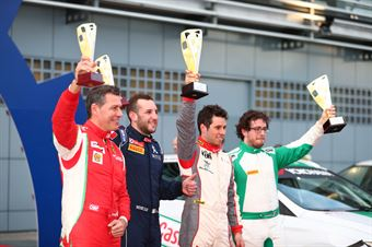 Campione dell'Anno, Seat Leon Cupra ST, Seat Motor Sport Italia, 1° Fabrizio Andolfi, 2° Eugenio Pisani, 3° Marco Pollara e Lugio Peruggini, TCR DSG ENDURANCE