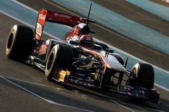 16.11.2011 Abu Dhabi, UEA, Kevin Ceccon (ITA), Scuderia Toro Rosso    Formula 1 Testing Rookie Test, day 2   Formula 1 World Championship   , TCR ITALY TOURING CAR CHAMPIONSHIP
