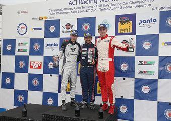 Eric Scalvini (BRC Racing Team,Hyundai i30 N TCR #19), Matteo Greco ( Cupra Leon TCR SEQ #34), Alessandro Thellung (Seat Leon Racer TCR DSG ##23) , TCR ITALY TOURING CAR CHAMPIONSHIP