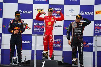 Podio gara 1 Gianluca Petecof (Prema Powerteam,Tatuus F.4 T014 Abarth #5) Dennis Hauger (Van Amersfoort Racing BV,Tatuus F.4 T014 Abarth #62) Niklas Krutten (Van Amersfoort Racing BV,Tatuus F.4 T014 Abarth #4), ITALIAN F.4 CHAMPIONSHIP POWERED BY ABARTH