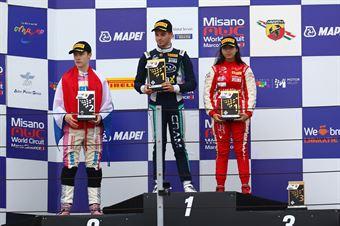 Podio Rookie gara 2 Roee Meyuhas (Cram Motorsport,Tatuus F.4 T014 Abarth #55) Joshua Durksen (BWT Mucke Motorsport,Tatuus F.4 T014 Abarth #26) Amna Al Qubaisi (Abu Dhabi Racing,Tatuus F.4 T014 Abarth #88), ITALIAN F.4 CHAMPIONSHIP POWERED BY ABARTH