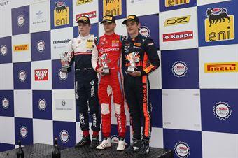 Podio Rookie gara 2 Paul Aron (Prema Powerteam,Tatuus F.4 T014 Abarth #7)Michael Belov (Bhaitech Srl,Tatuus F.4 T014 Abarth #57)Jonny Edgar (Jenzer Motorsport,Tatuus F.4 T014 Abarth #17), ITALIAN F.4 CHAMPIONSHIP POWERED BY ABARTH