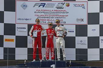Podio Rookie gara 3, Enzo Fittipaldi (Prema Powerteam,F3 Tatuus 318 A.R. #74) Frederik Vesti  (Prema Powerteam,F3 Tatuus 318 A.R. #2) Raul Guzman (DR Formula,F3 Tatuus 318 A.R. #41), FORMULA REGIONAL EUROPEAN CHAMPIONSHIP