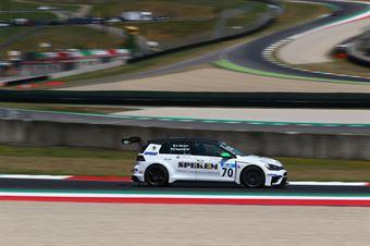 Berton Appelqvist (Elite Motorsport, Volkswagen Golf GTI TCR DSG #70), TCR DSG ENDURANCE