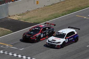 Pelatti Volpato (Scuderia del Girasole,Audi RS3 LMS TCR DSG #7)Gabbiani Segu (Pit Lane Competizioni,Volkswagen Golf GTI TCR DSG #3), TCR DSG ENDURANCE