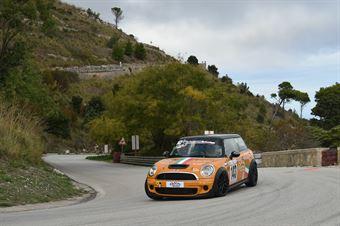 Francesco Stabile ( Scuderia Vesuvio , Mini Cooper S JWC #143), CAMPIONATO ITALIANO VELOCITÀ MONTAGNA