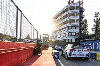 Pit lane, TCR ITALY TOURING CAR CHAMPIONSHIP